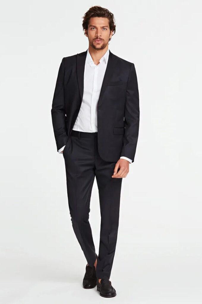 Pantalón de la marca Marciano Negro
