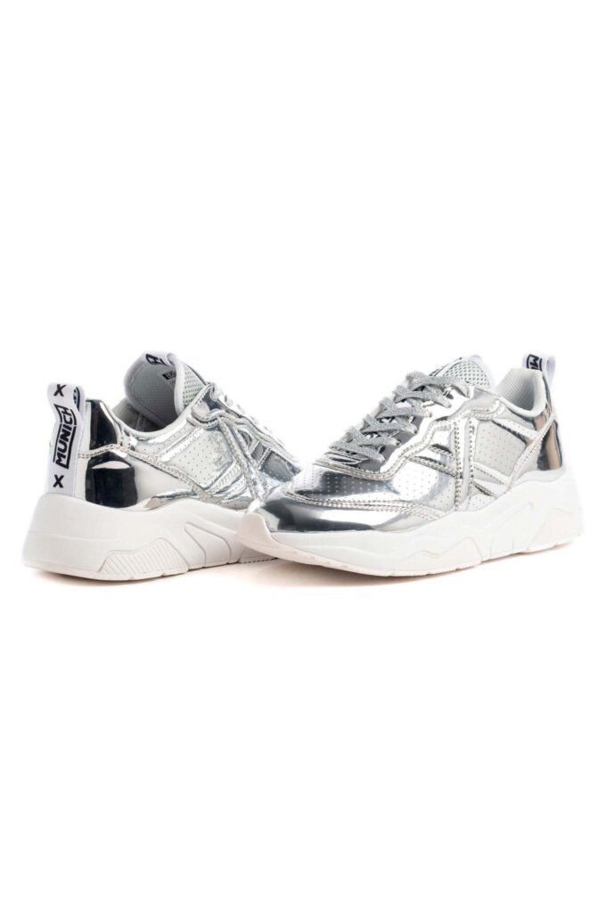Zapatillas de la marca Munich Plata