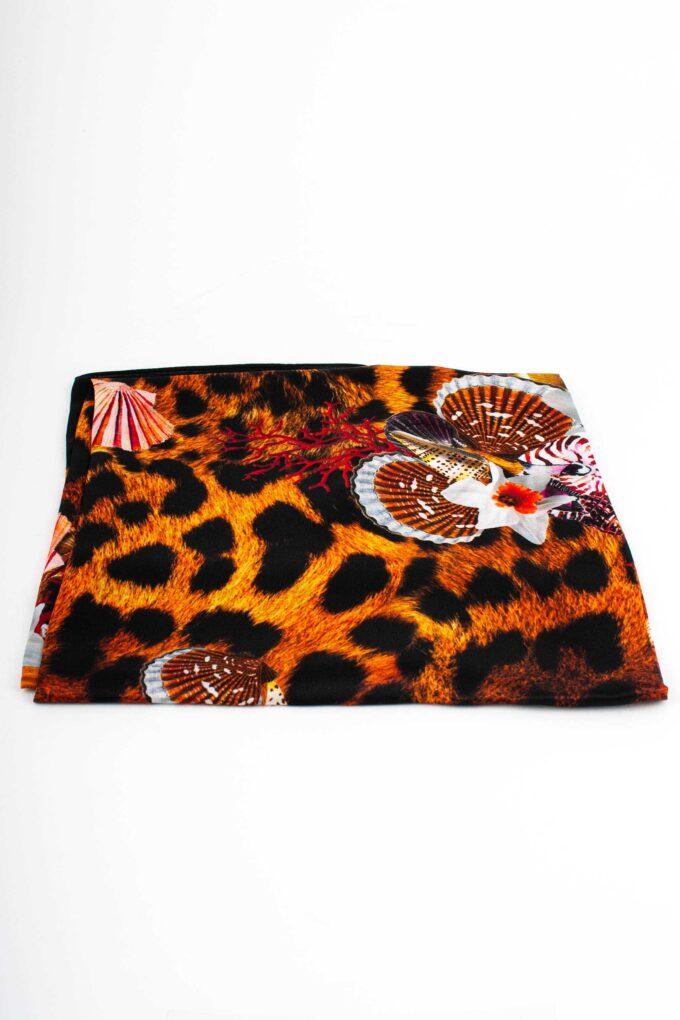 Pañuelo de la marca Roccobarocco Negro