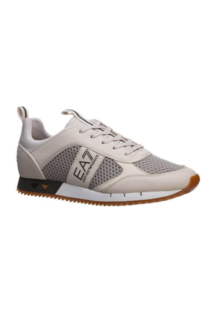 Zapatillas de la marca EA7 Beige