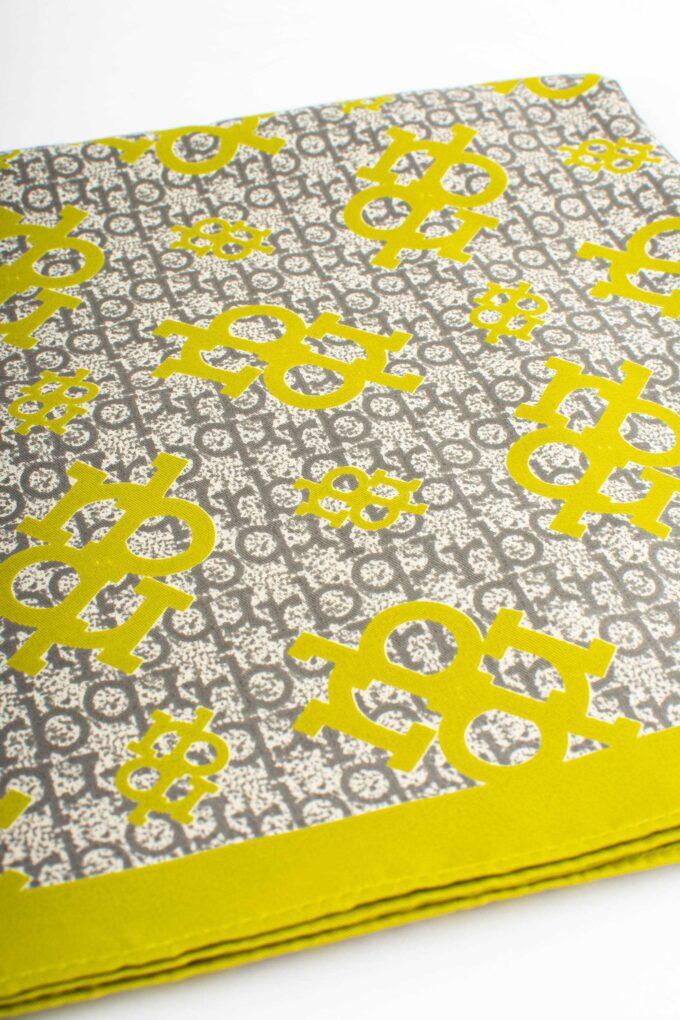 Pañuelo de la marca Roccobarocco Amarillo