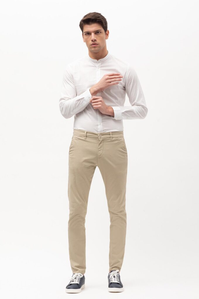 Pantalón de la marca Sorbino Beige