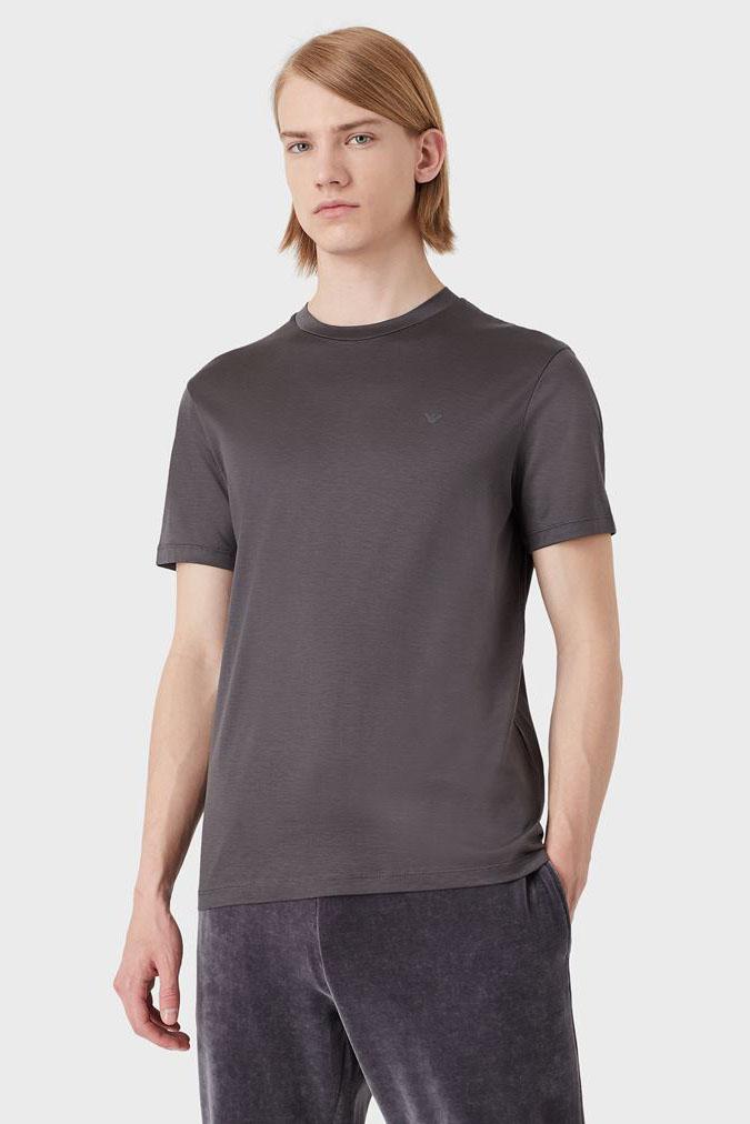 Camiseta de la marca Emporio Armani Gris