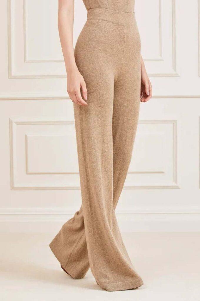 Pantalón de la marca Marciano Marrón