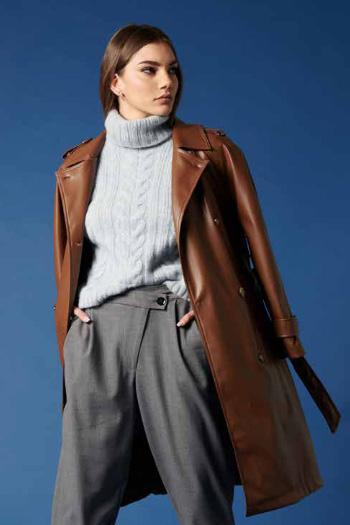 Suéter de la marca QGuapa Milano Celeste