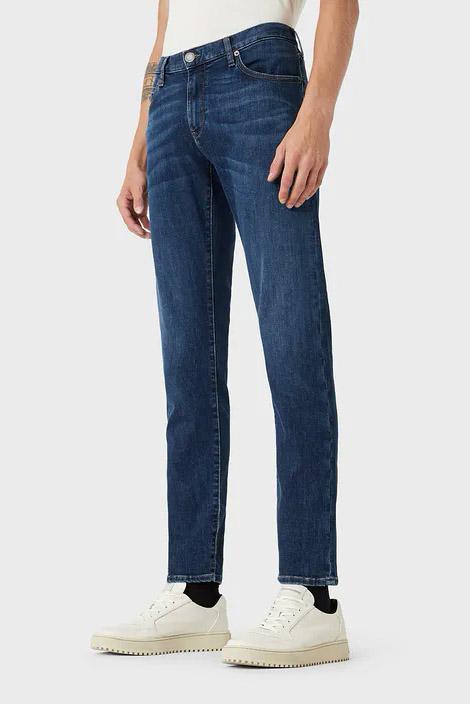 Pantalón de la marca Emporio Armani Jeans